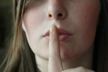沈黙で復縁が叶う?状況別に復縁に導く沈黙の方法・効果を解説